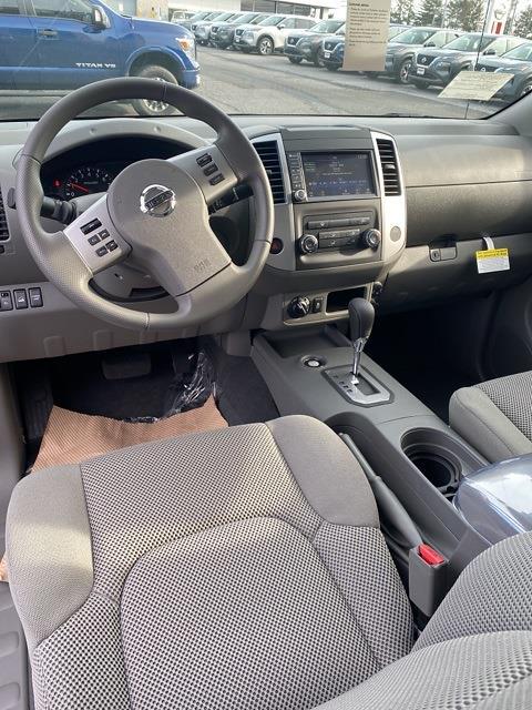 2020 Nissan Frontier Crew Cab 4x4, Pickup #E728414 - photo 13