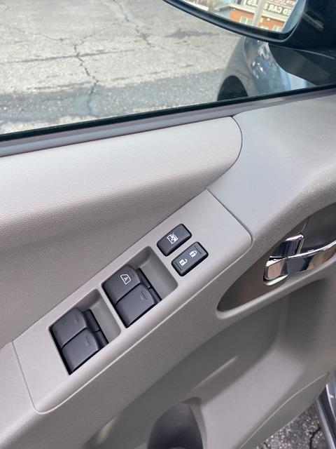 2020 Nissan Frontier Crew Cab 4x4, Pickup #E728414 - photo 15