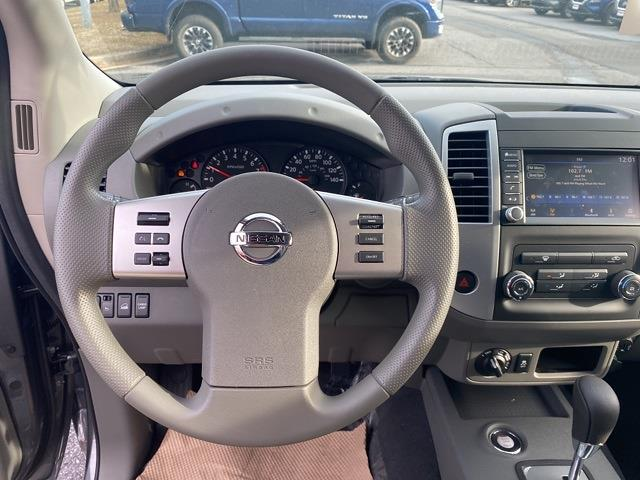 2020 Nissan Frontier Crew Cab 4x4, Pickup #E728414 - photo 16