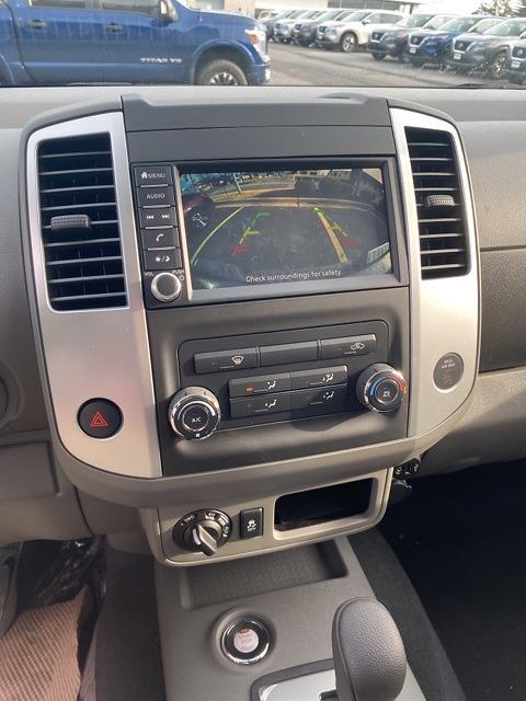 2020 Nissan Frontier Crew Cab 4x4, Pickup #E728414 - photo 17