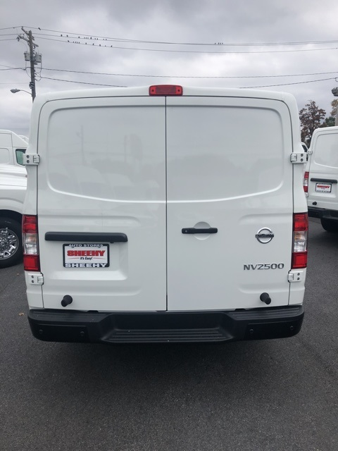 2020 NV2500 Standard Roof 4x2, Empty Cargo Van #E801231G - photo 5