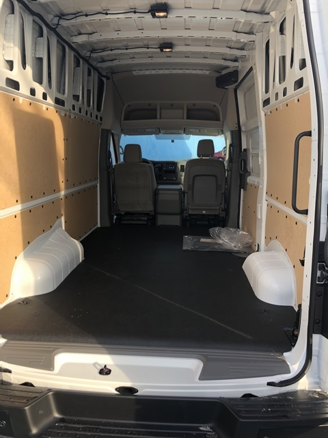2020 Nissan NV2500 High Roof 4x2, Empty Cargo Van #E802179 - photo 1