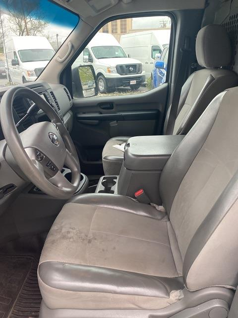 2016 Nissan NV2500 High Roof 4x2, Empty Cargo Van #E802905A - photo 12