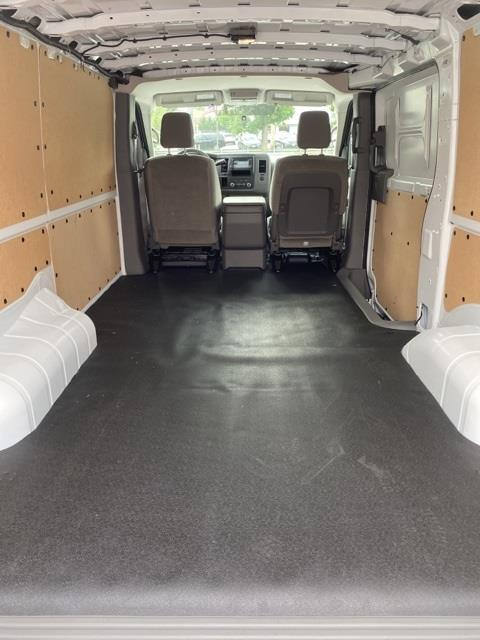 2020 Nissan NV2500 Standard Roof 4x2, Empty Cargo Van #E804252 - photo 1