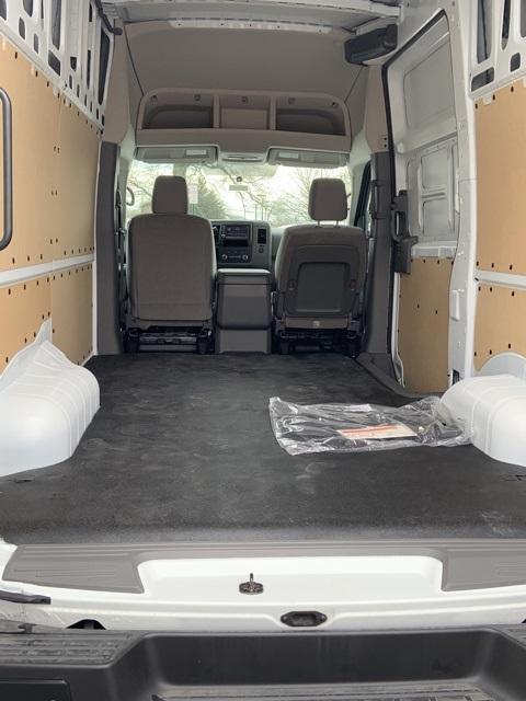 2019 NV3500 High Roof 4x2, Empty Cargo Van #E804860 - photo 2