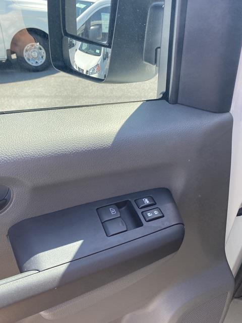 2021 Nissan NV2500 4x2, Empty Cargo Van #E804944G - photo 13
