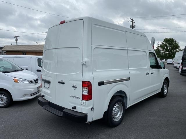 2020 Nissan NV2500 High Roof 4x2, Empty Cargo Van #E804984 - photo 2