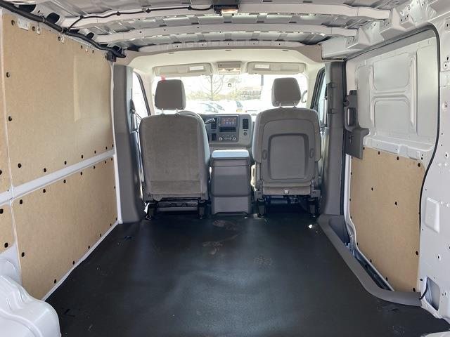 2021 Nissan NV2500 4x2, Empty Cargo Van #E805635 - photo 1