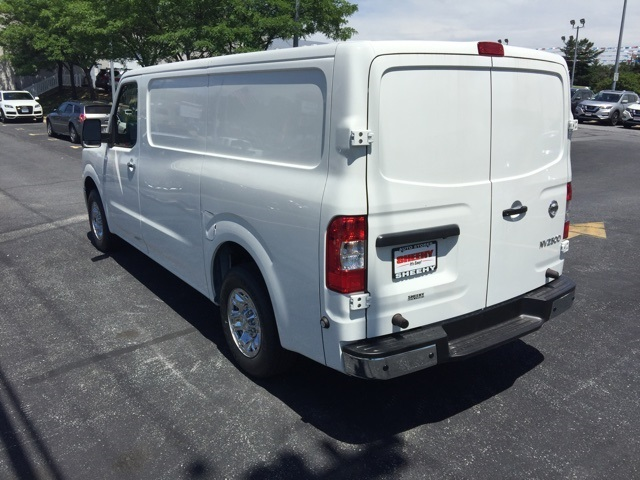 2019 NV2500 Standard Roof 4x2,  Empty Cargo Van #E806308 - photo 5