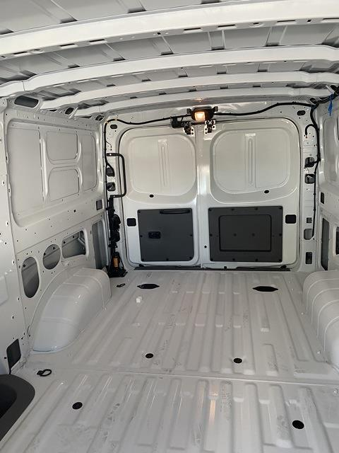 2021 Nissan NV1500 4x2, Empty Cargo Van #E806766 - photo 1