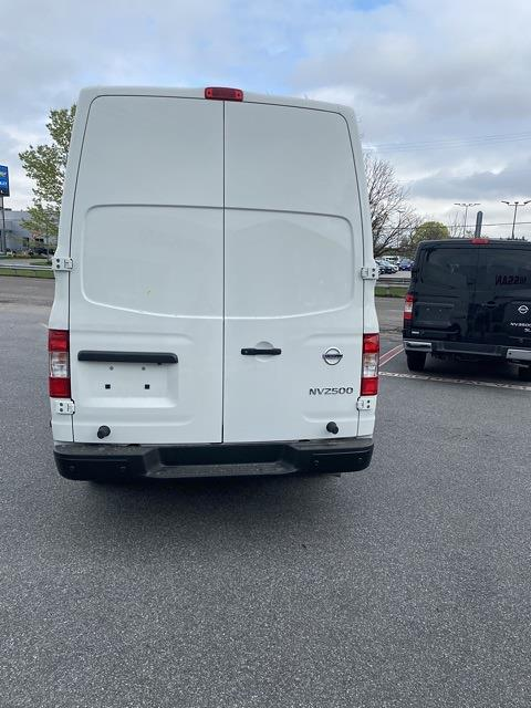 2021 Nissan NV2500 4x2, Empty Cargo Van #E806900 - photo 6