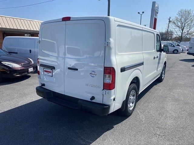 2021 Nissan NV2500 4x2, Empty Cargo Van #E807011 - photo 7