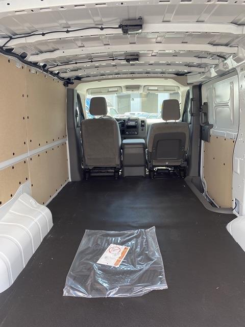 2021 Nissan NV2500 4x2, Empty Cargo Van #E807097 - photo 1