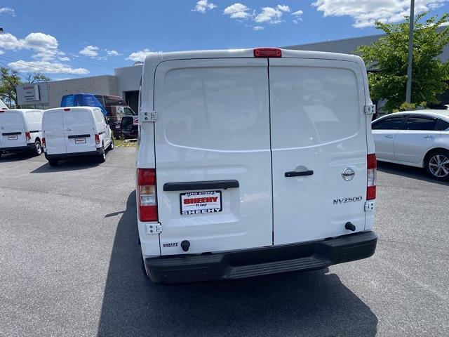 2021 Nissan NV2500 4x2, Empty Cargo Van #E807177 - photo 17