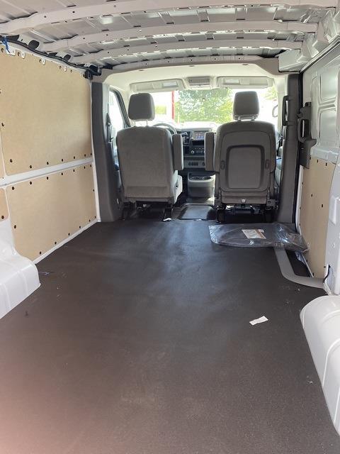 2021 Nissan NV1500 4x2, Empty Cargo Van #E807286 - photo 2