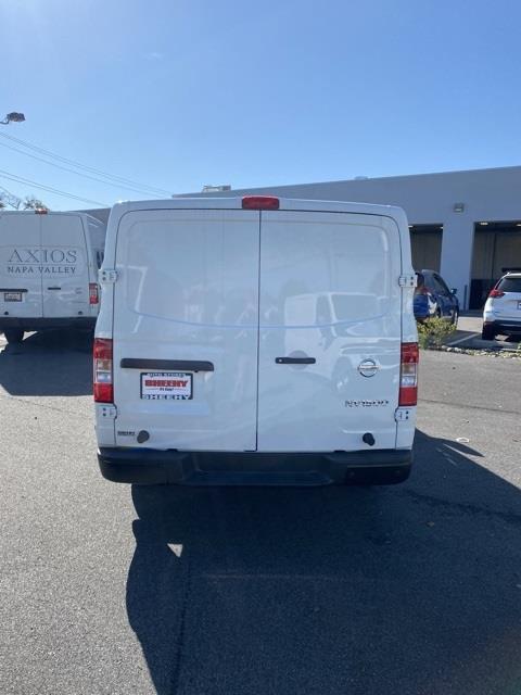2020 Nissan NV2500 Standard Roof 4x2, Empty Cargo Van #E808470 - photo 6