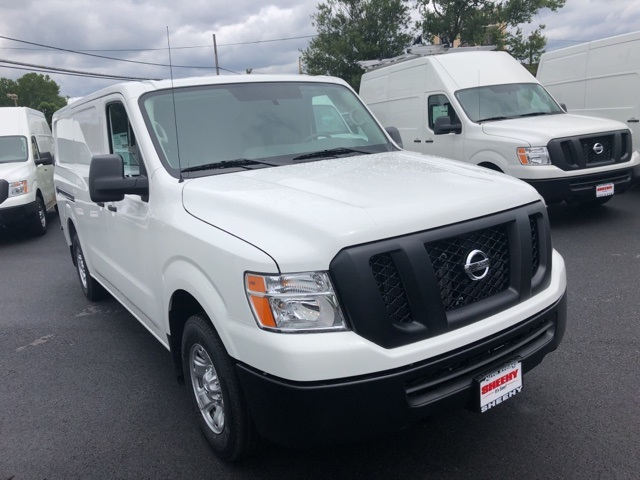 2019 NV2500 Standard Roof 4x2,  Empty Cargo Van #E808999G - photo 3