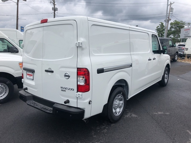 2019 NV2500 Standard Roof 4x2,  Empty Cargo Van #E808999G - photo 6