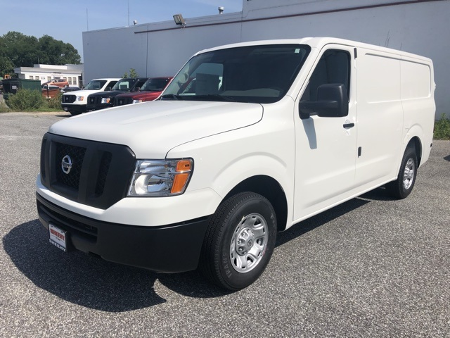 2019 NV2500 Standard Roof 4x2, Empty Cargo Van #E809018 - photo 1