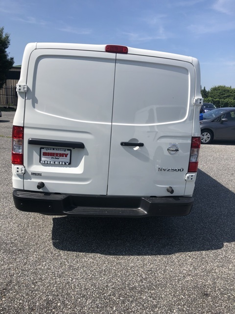 2019 NV2500 Standard Roof 4x2, Empty Cargo Van #E809018 - photo 6