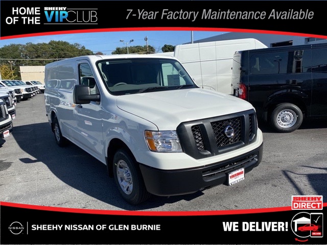 2020 Nissan NV2500 Standard Roof 4x2, Empty Cargo Van #E810577 - photo 1