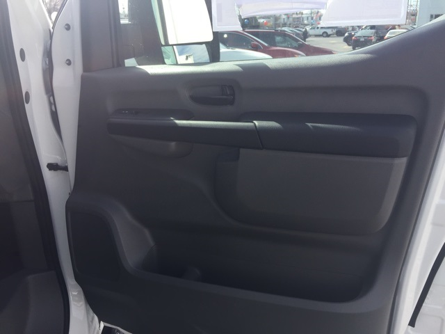 2018 NV2500 High Roof 4x2,  Empty Cargo Van #E817993 - photo 17