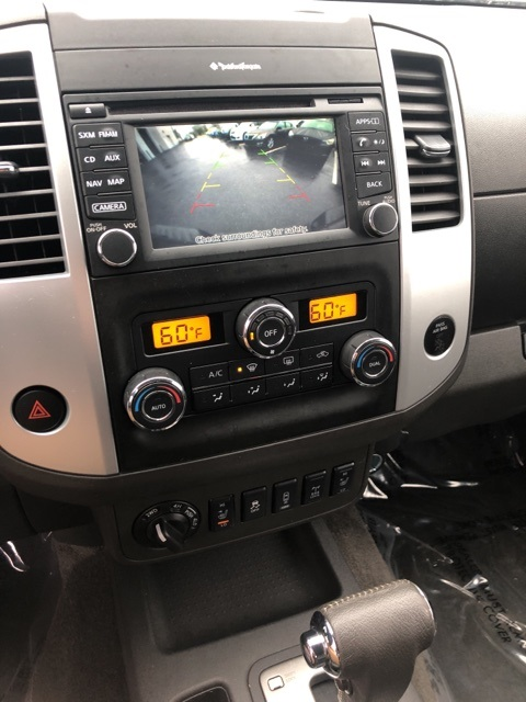 2014 Frontier Crew Cab 4x4, Pickup #E836640A - photo 16