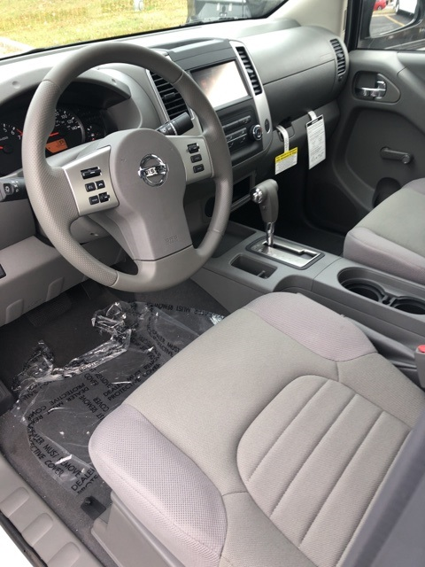 2019 Frontier King Cab, Pickup #E875899 - photo 6