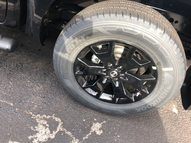 2019 Frontier Crew Cab 4x4, Pickup #E876861 - photo 18