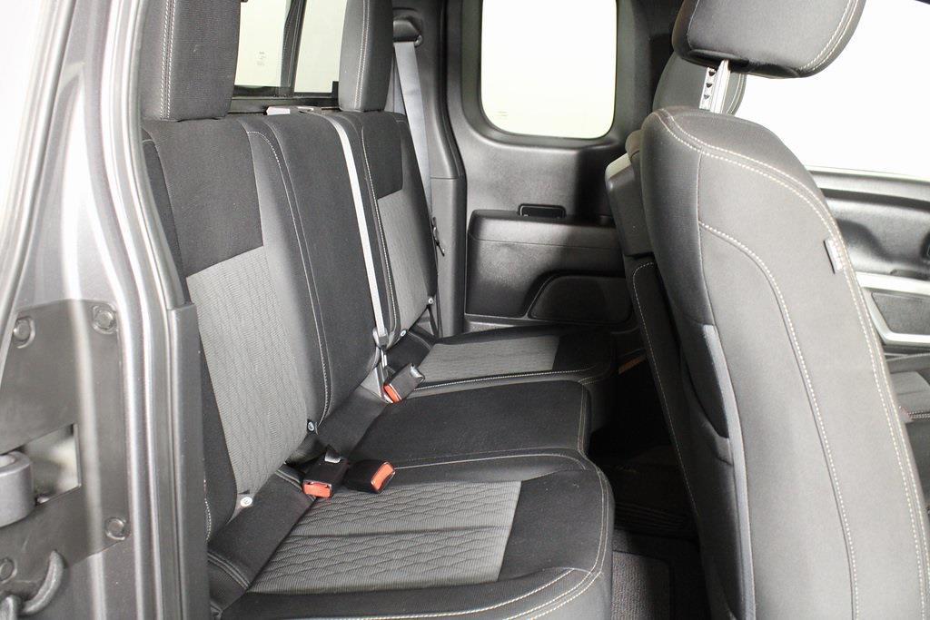 2018 Nissan Titan King Cab 4x4, Pickup #D219232A - photo 16
