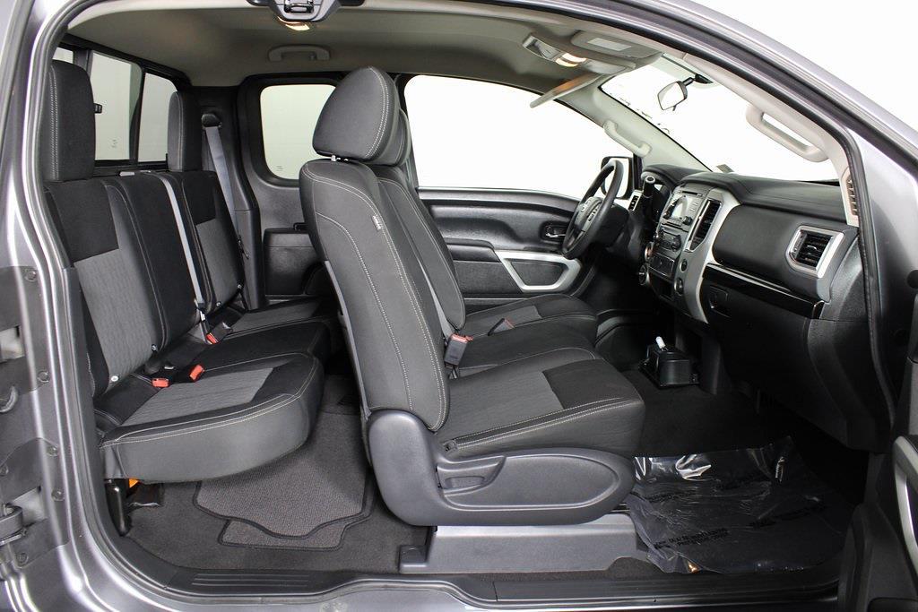 2018 Nissan Titan King Cab 4x4, Pickup #D219232A - photo 18