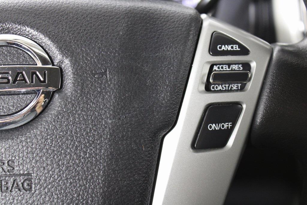 2018 Nissan Titan King Cab 4x4, Pickup #D219232A - photo 28