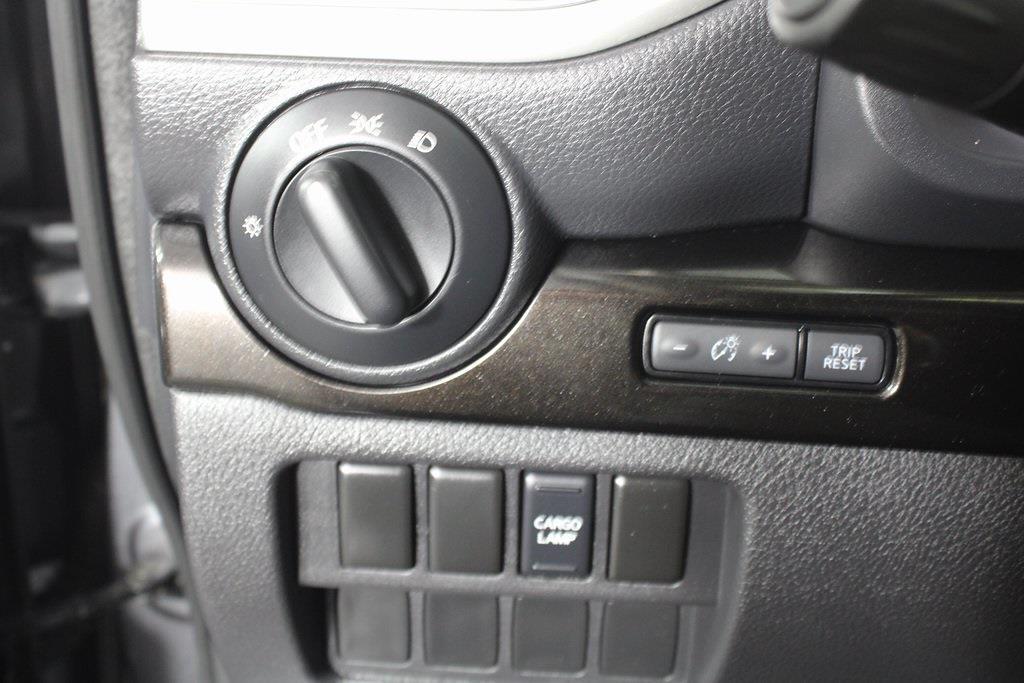 2018 Nissan Titan King Cab 4x4, Pickup #D219232A - photo 29