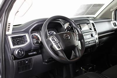 2018 Nissan Titan King Cab 4x4, Pickup #D219232A - photo 12