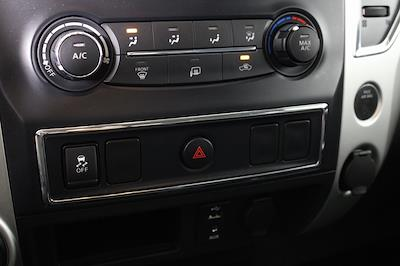 2018 Nissan Titan King Cab 4x4, Pickup #D219232A - photo 24