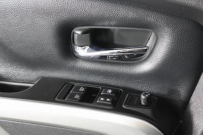 2018 Nissan Titan King Cab 4x4, Pickup #D219232A - photo 30
