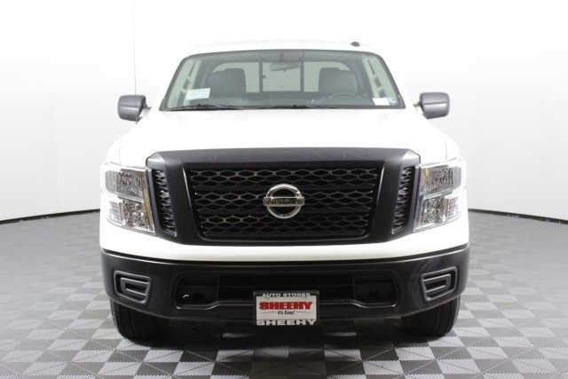 2019 Titan Crew Cab 4x4,  Pickup #D502047 - photo 3