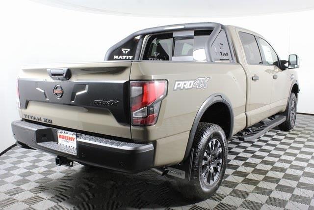 2021 Nissan Titan XD 4x4, Pickup #D504231 - photo 2