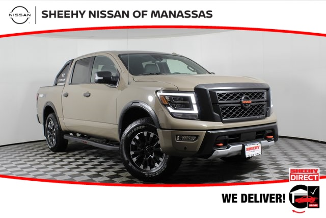 2021 Nissan Titan 4x4, Pickup #D504898 - photo 1