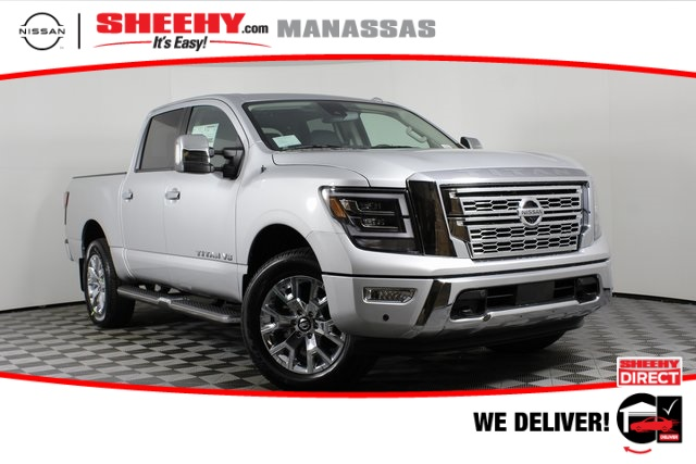 2020 Nissan Titan Crew Cab 4x4, Pickup #D507321 - photo 1
