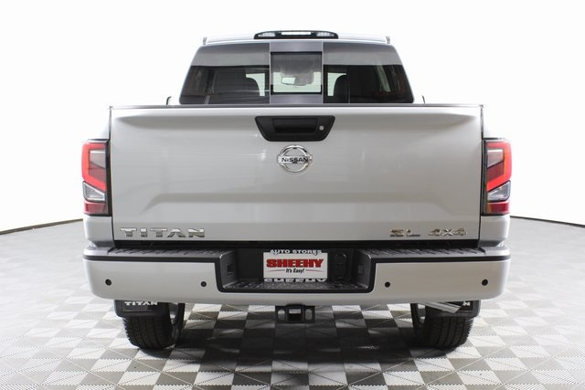 2020 Nissan Titan Crew Cab 4x4, Pickup #D507321 - photo 7