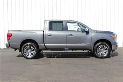 2019 Titan Crew Cab 4x4,  Pickup #D509698 - photo 3