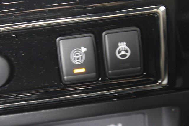 2021 Nissan Titan 4x4, Pickup #D516688 - photo 26