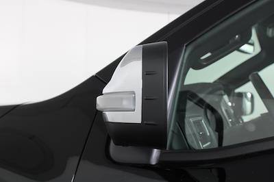 2021 Nissan Titan 4x4, Pickup #D516688 - photo 11