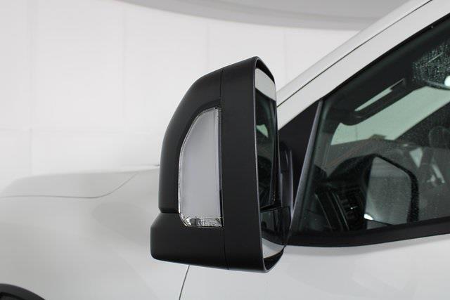 2021 Nissan Titan 4x4, Pickup #D517235 - photo 10