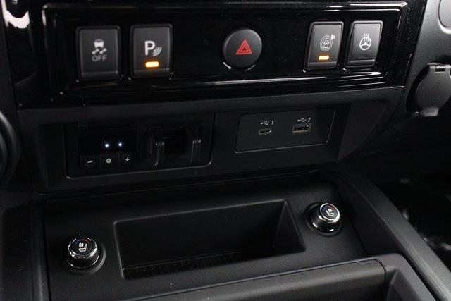2021 Nissan Titan 4x4, Pickup #D517235 - photo 24