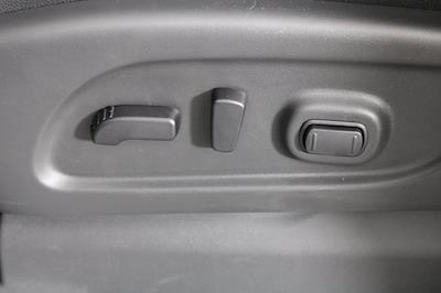 2021 Nissan Titan 4x4, Pickup #D517235 - photo 13