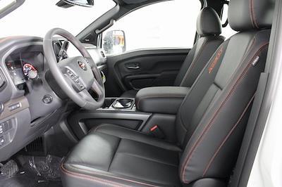 2021 Nissan Titan 4x4, Pickup #D517235 - photo 18