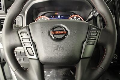 2021 Nissan Titan 4x4, Pickup #D517235 - photo 28