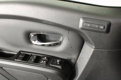 2021 Nissan Titan 4x4, Pickup #D517235 - photo 35